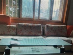 长青小区县委家属院3室2厅1卫1500元/月