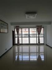 江楠德景园新房出售,17栋5楼,两室两厅一厨一卫,100.07平方米,简装。价格面议,联系方式:13...