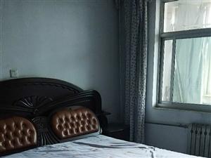 一中家属楼3室2厅1卫1500元/月