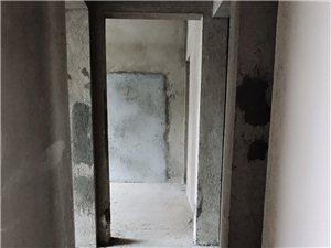 九天毛坯4室 2厅 2卫面议