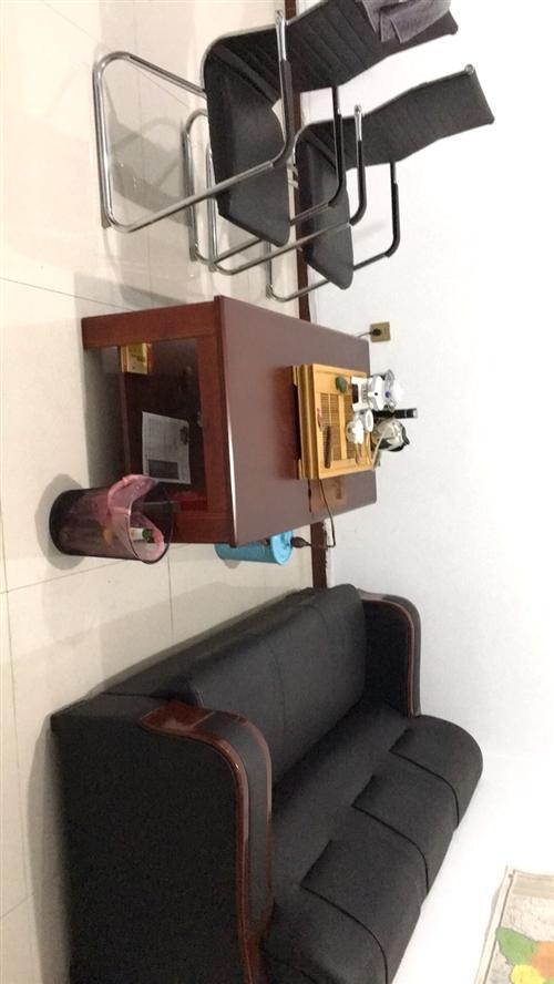 辦公桌沙發茶幾高低床雙人床 洗衣機 電視機  鐵皮文件柜 折疊床 400平米燃煤鍋爐全部九成以上新 ...