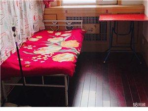 幸福花园西1室 1厅 1卫450元/月