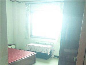 红旗商厦3室 1厅 1卫1300元/月