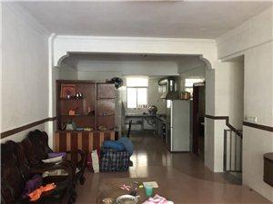 新山花园2室 2厅 2卫32万元