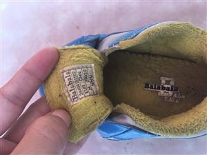 巴拉巴拉冬季加绒棉鞋男童,九成新,现30元转