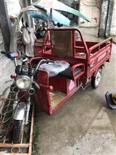 步步先三轮电动车,轮胎去年刚换的后两个正品朝阳内外胎,前一个月换的朝阳正品前台,外地打工去。把它卖了...