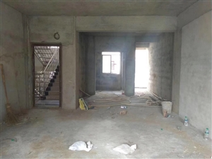 阳光水岸3室 2厅 2卫68万元