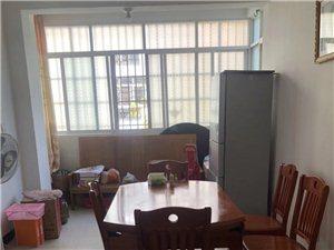 德意华府精装修双阳台大三房两厅两卫86万急售,看房热线18460339129