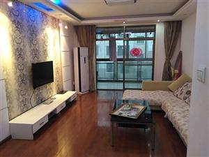 皇家翰林3室 四个空调  家具家电齐全 室内整洁