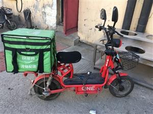 电动车,品牌:雅乐骑,电瓶:48v20,状况良好2年车,有防盗器,价钱700元,电话:1383669...