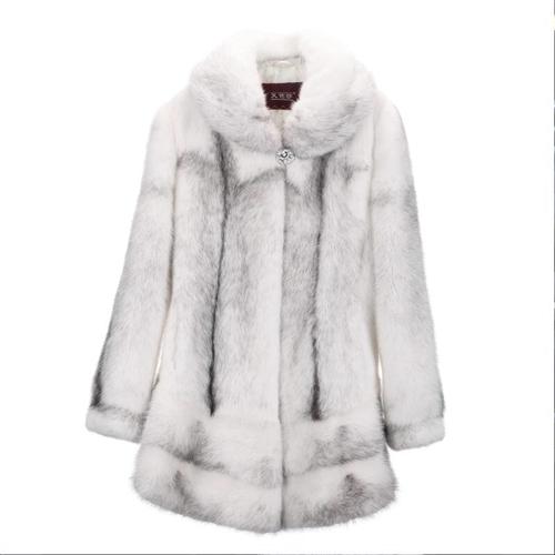 十字貂整貂大衣,九成新,原價1.2萬,現6500轉,非誠勿擾