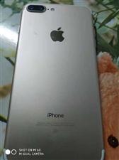 IPhone 7 Plus128G98新  3000元 便宜出售