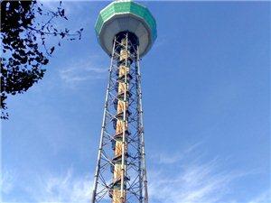 汉中广播电视中心和电视塔(手机摄影)