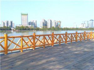 桥头风景(手机摄影)