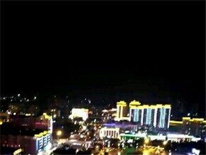 朋友的��l,高空��南的夜景。