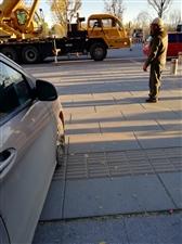大白天修路灯的中踏广场你有点计划行不?