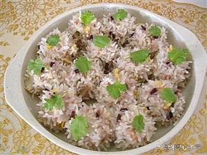 原来把糯米和猪肉放在一起,居然能做出这么好吃的美食,有创意!
