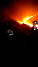 梓山蔬菜大棚基地着火了