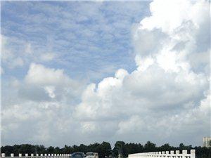 海南省琼海市嘉积镇桥头一桥重建通�海南省琼海市嘉积镇桥头一桥是加积通往上��、朝阳、