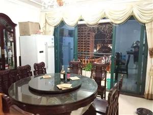 恒大名都4室 2厅 2卫154万元