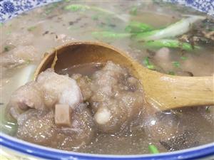 雨木�有�C�~有好吃的江湖菜哦,安逸!