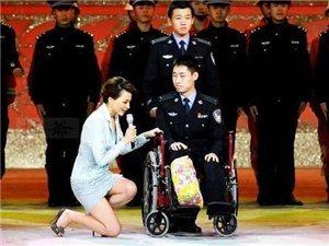 """��中�人品,�t卑里藏高�F!董卿跪地采�L老教授�S�Y�_、""""最美警察""""李博��。妙�Z�Z言的小�~老��,跪地"""