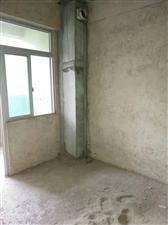 ??广场附近锦绣江畔花园后面(小产权),楼梯房六楼,110平方左右,三房两厅两卫两阳台,可改四房,