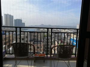 ??出售粤港花园电梯九楼,103平方三房两厅两卫,朝西南方向,新装修入住两年,采光好,结构方正,送