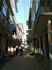 《老城古巷》