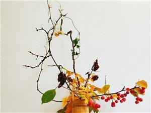 �f子,秋水篇一��河神在�S河里,逍�b自在,�^年,�^�,人��都�淼胶舆��砑漓耄�各�N好吃的都有,河神,很
