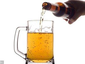 喝完酒,酒精是如何代�x的?知道以后�是少喝吧