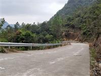 獨山公路安全防護工程改造進行中