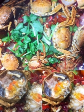 海哥夜啤酒主营:各类特色、火爆,卤制,凉拌系列,海鲜系列,刺激你的味蕾可承接公司聚餐,同