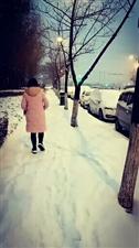 雪中情!人在他乡……