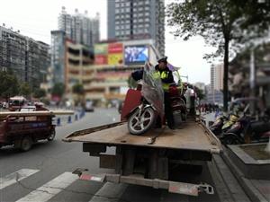 县交警大队持续净化城区交通环境、