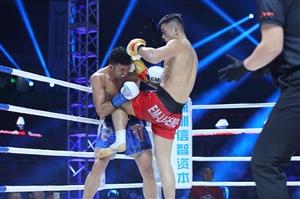 """伊朗世界冠军想要超重KO中国猛男?""""碎魂者""""两回合教他做人"""
