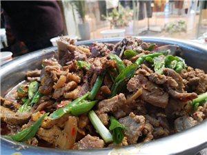 这尼玛,所谓的年猪节,吃泡汤?