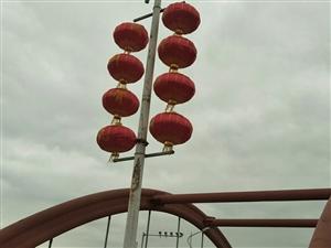 大红灯笼高高挂