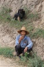 马关文化艺术协会会长窦继勤镜头中纯朴的父老乡亲