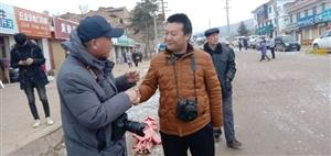 张家川在线组织邀请陕西省摄影家拍摄恭门镇正月二十五社火。