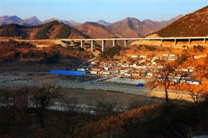 镶嵌在太行红土地中的千年古村落――涉县西湾(安)村,摄影人:河山