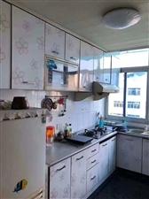 辅仁村4楼100平方+储藏室13平方开价110万有