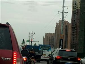 红绿灯时间设置一点不合理!
