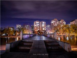 �S心而�z作品:�C�^河夜景