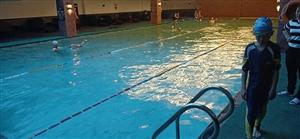 又到了游泳的季节,舒服了~