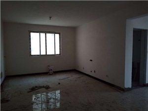 出租富贵名城三室一厅140平方,有需要的打电话17772829926