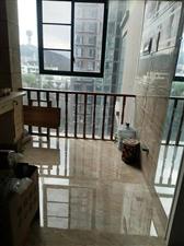 金泽芳庭新装3室关门出售,首付23万左右可做公积金贷款