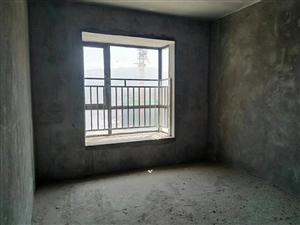 东湖国际毛坯3室4300一平出售