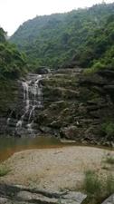 下龙潭�瀑布(视频)