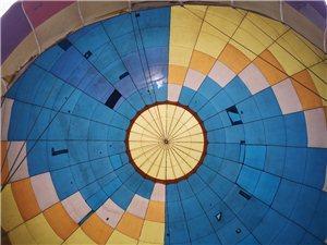 松桃小商品城安排的热气球今天开始咯~。